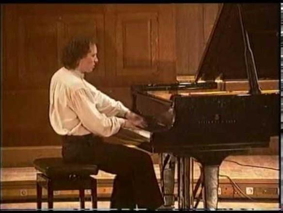 MUSIQUE'HALLES DE LOMAGNE RÉCITAL DE PIANO