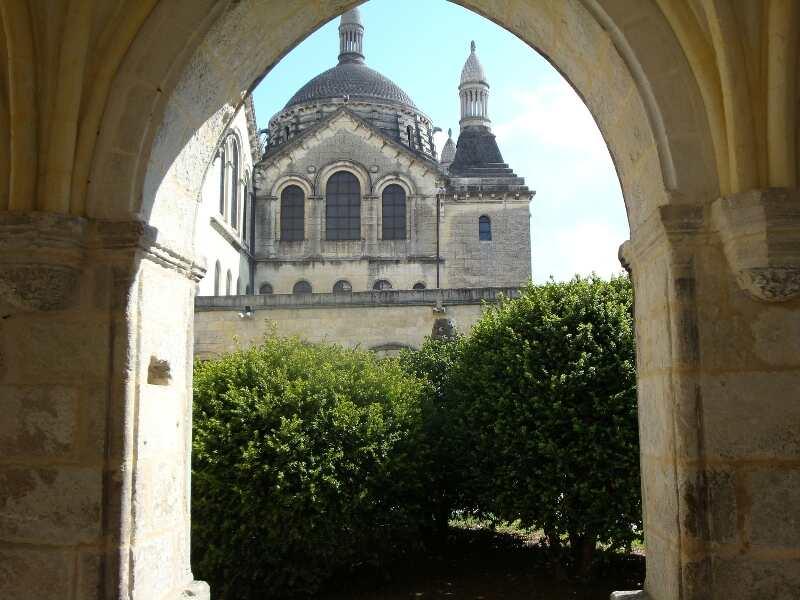 Visite guidée de Périgueux : Le Puy Saint-Front au Moyen-âge