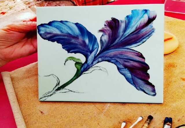 Corinne JeanJacques - Peinture sur porcelaine et faïence