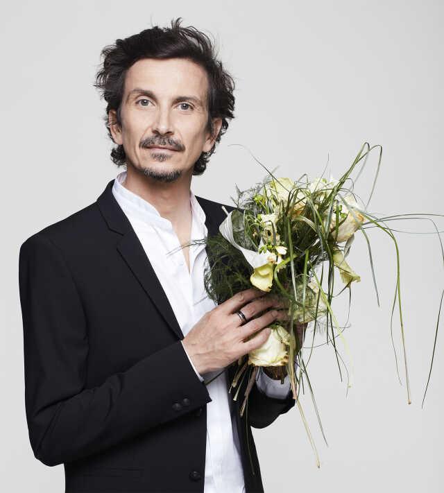 Arnaud Tsamere - Deux mariages et un enterrement
