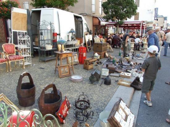 Les 35ème Rencontres de Réquista de véhicules anciens et de collections - Foire à la Brocante - Vide Grenier - Bourse d'Echange